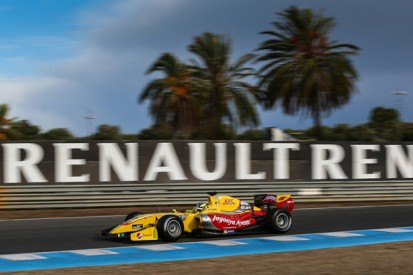 Jerez Formula Renault 3.5: Dillmann takes maiden pole position
