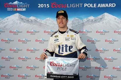 Kansas NASCAR: Brad Keselowski beats Carl Edwards to pole
