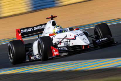 Draco sells Formula Renault 3.5 cars to new Spirit of Race outfit