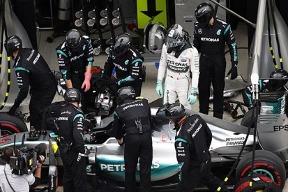 """Mercedes F1 reliability has """"got worse and worse"""" - Nico Rosberg"""