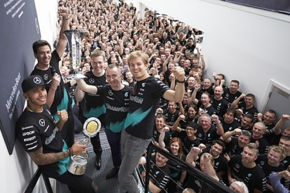 How does Mercedes' dominance of F1 compare to previous eras?