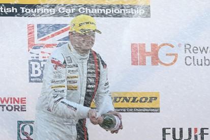 BTCC Brands Hatch: Jackson wins race one, rivals close on Shedden