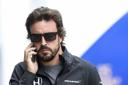 Fernando Alonso hopes McLaren makes 2018 F1 engine call quickly