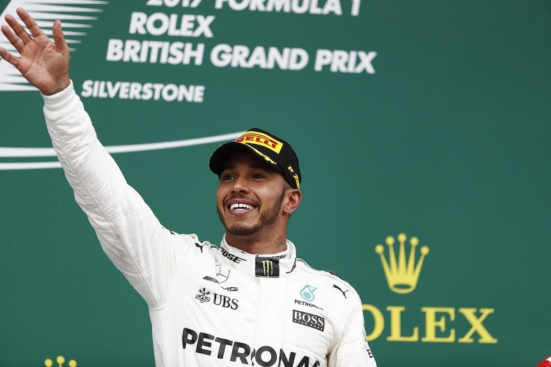 Lewis Hamilton wins British Grand Prix while Ferrari hits trouble