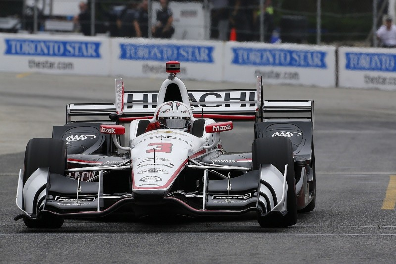 Toronto IndyCar: Castroneves leads Penske 1-2-3 in first practice