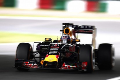 Red Bull's Ricciardo not going 'too crazy' about Renault F1 update