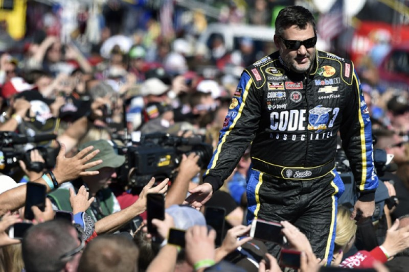 Tony Stewart to retire from NASCAR at the end of the 2016 season