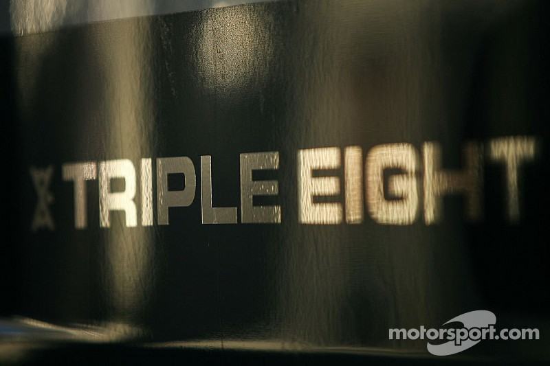 V8 Supercars - Triple Eight passera à trois voitures en 2016