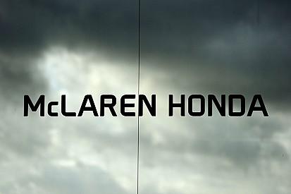 """Boullier - """"Pas un, mais deux tours de retard"""" pour McLaren"""