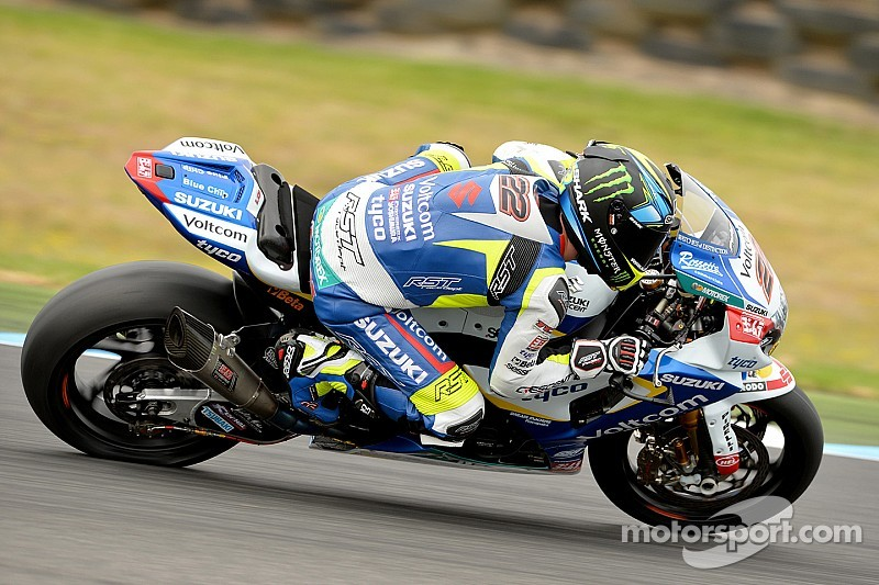 Lowes snatches first place from Rea on opening day in Thailand