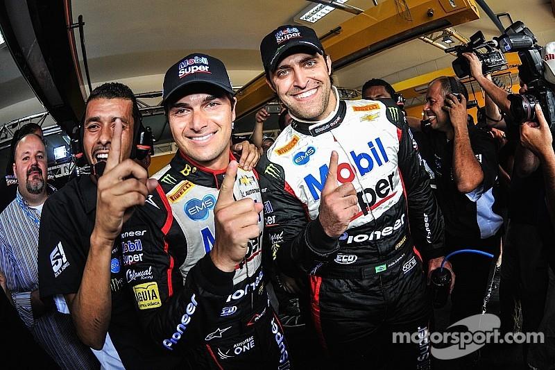 Abreu y Piquet en la pole en los stock cars en Brasil