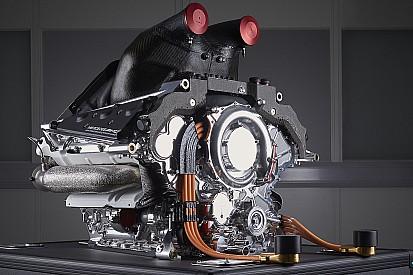 Мощность моторов Ferrari и Mercedes может снизиться