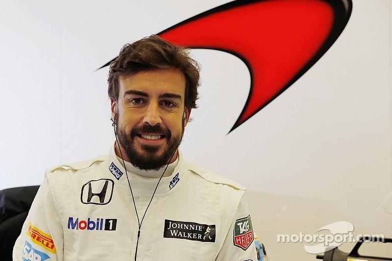 Fernando Alonso pasó las pruebas de la FIA