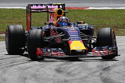 Red Bull's Kvyat scores a good time on Friday practice for the Malaysian GP