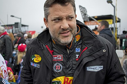 DiBenedetto: Stewart has anger issues