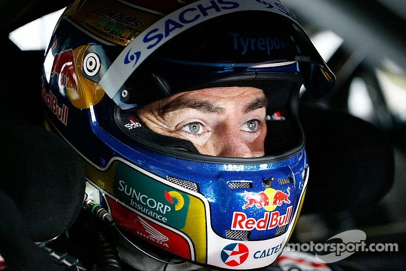 Lowndes takes pole positions for both Race 4 and 5