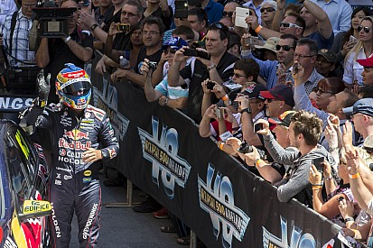 Lowndes wins from pole as tempers flare