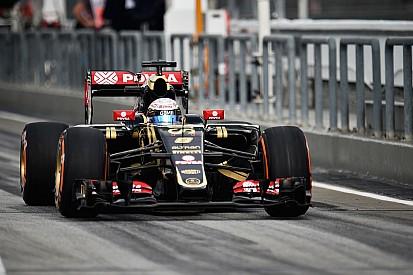 Lotus' Grosjean is P8 on qualifying at Sepang