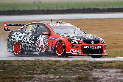 V8 Supercars leader James Courtney fired up at Tasmania SuperSprint