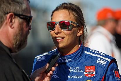 Simona de Silvestro disputera l'Indy 500