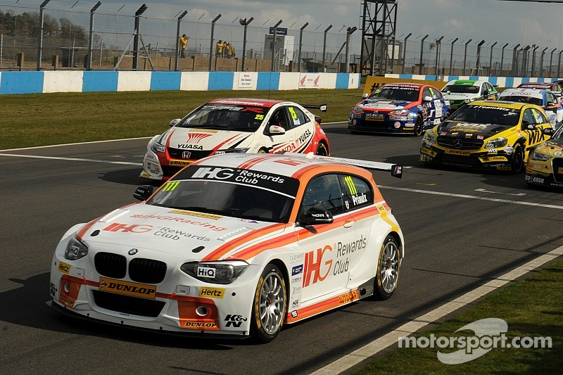 Priaulx claims pole position on BTCC return