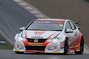 Matt Neal premier leader après Brands Hatch