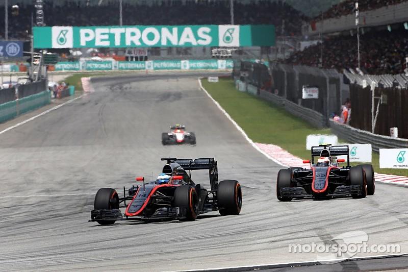 Alonso muestra su preocupación rumbo a Shanghái