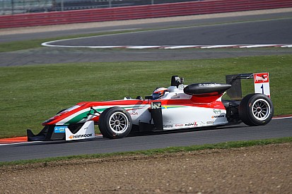 Rosenqvist takes clean sweep of Silverstone poles