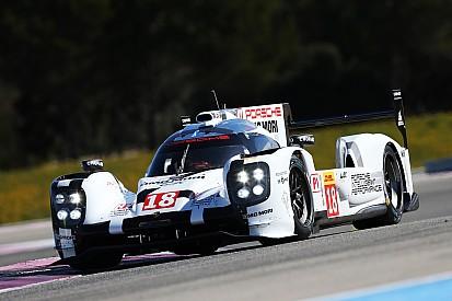 Porsche завоевала поул в Сильверстоуне