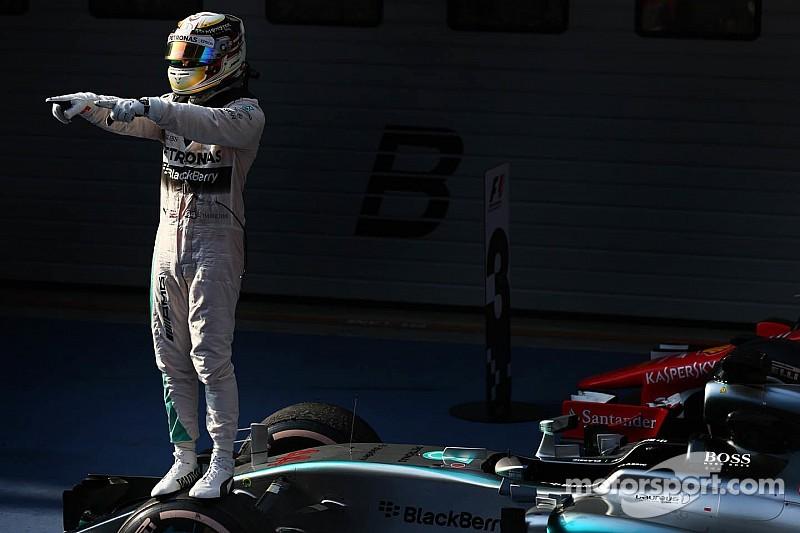 Hamilton cruises to Chinese GP victory