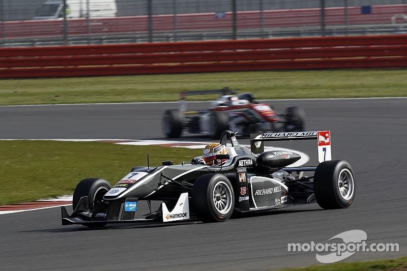 Course 3 - Première victoire pour Charles Leclerc