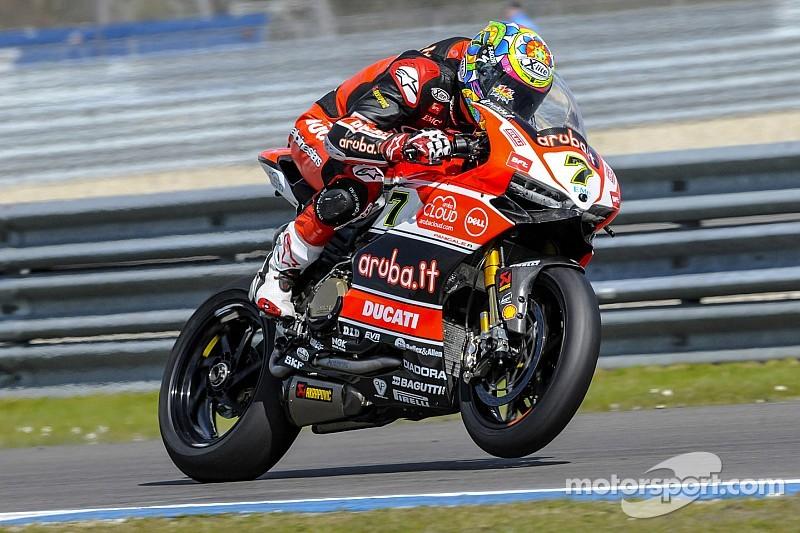 Provisional pole for Davies and the Aruba.it Racing at Assen