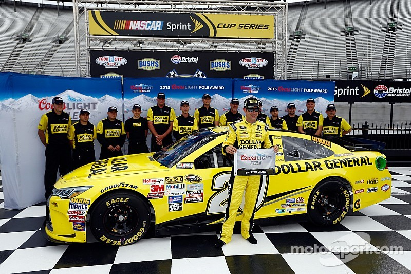 Kenseth se lleva la pole position