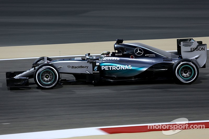 Invaincu en qualifications, Hamilton se sent