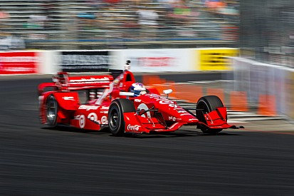 Scott Dixon s'impose à Long Beach et devance les Penske