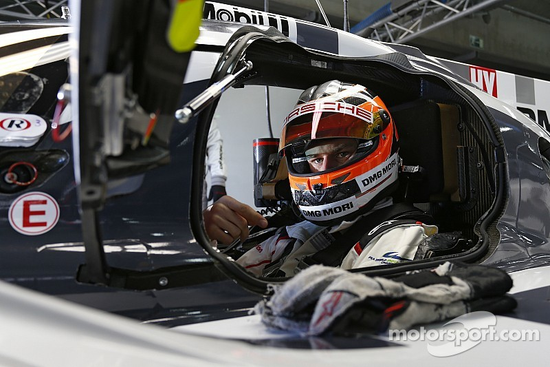 Hulkenberg completes Le Mans rookie training