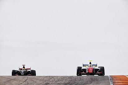 Роуленд выиграл первую гонку сезона