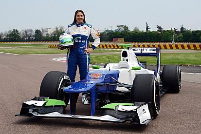 Simona de Silvestro opposée à un championnat féminin
