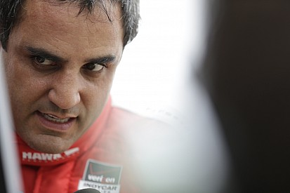 Montoya mantiene el liderato en IndyCar