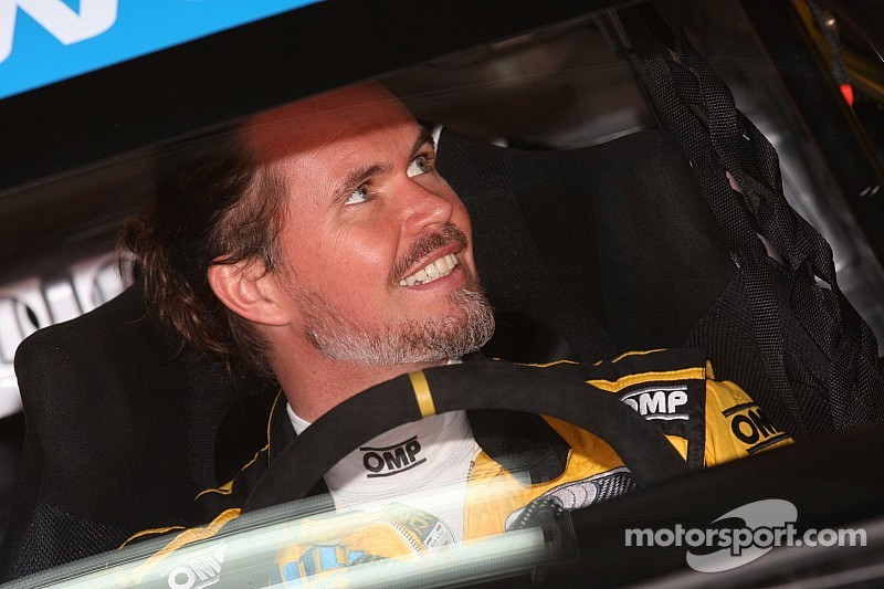 James Thompson to miss next two WTCC rounds due to tooth infection