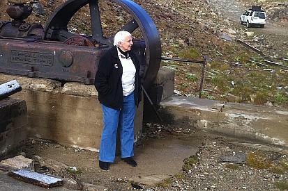 Denise McCluggage: 1927-2015