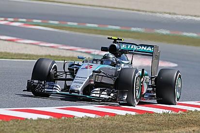 Rosberg vuelve al frente en la última práctica