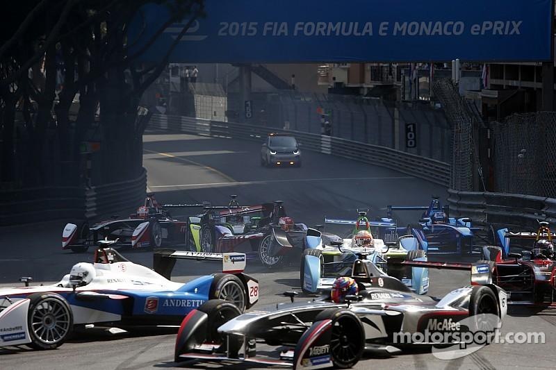 Vidéo - Énorme carambolage en Formule E à Monaco