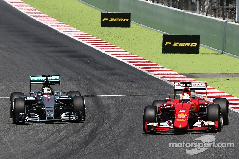 """Hamilton """"ignored"""" request to slow pace"""