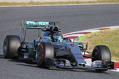 Rosberg quickest on first day of F1 testing