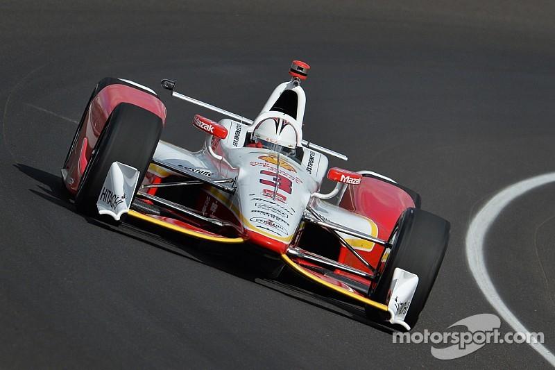 Гонщики Penske преодолели отметку 227 миль/ч