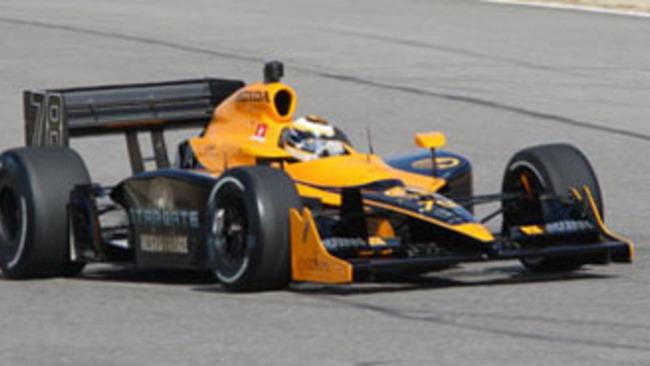 Indycar: Simona De Silvestro firma per la HVM