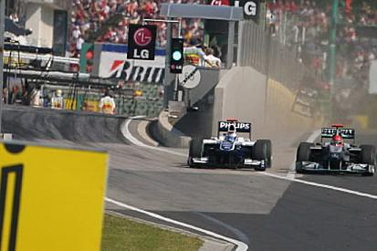 Schumacher punito per la scorrettezza a Barrichello