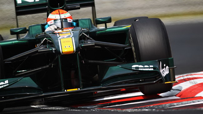 La Lotus finalmente al traguardo con due T127