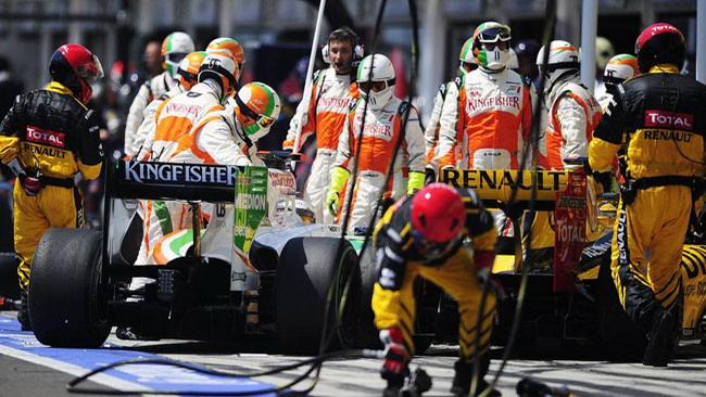 Si torni a chiudere la pit lane in caso di safety car!